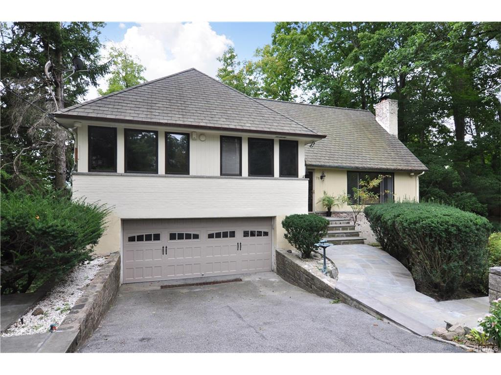Photo of 76   Deerhurst Road  Scarsdale  NY