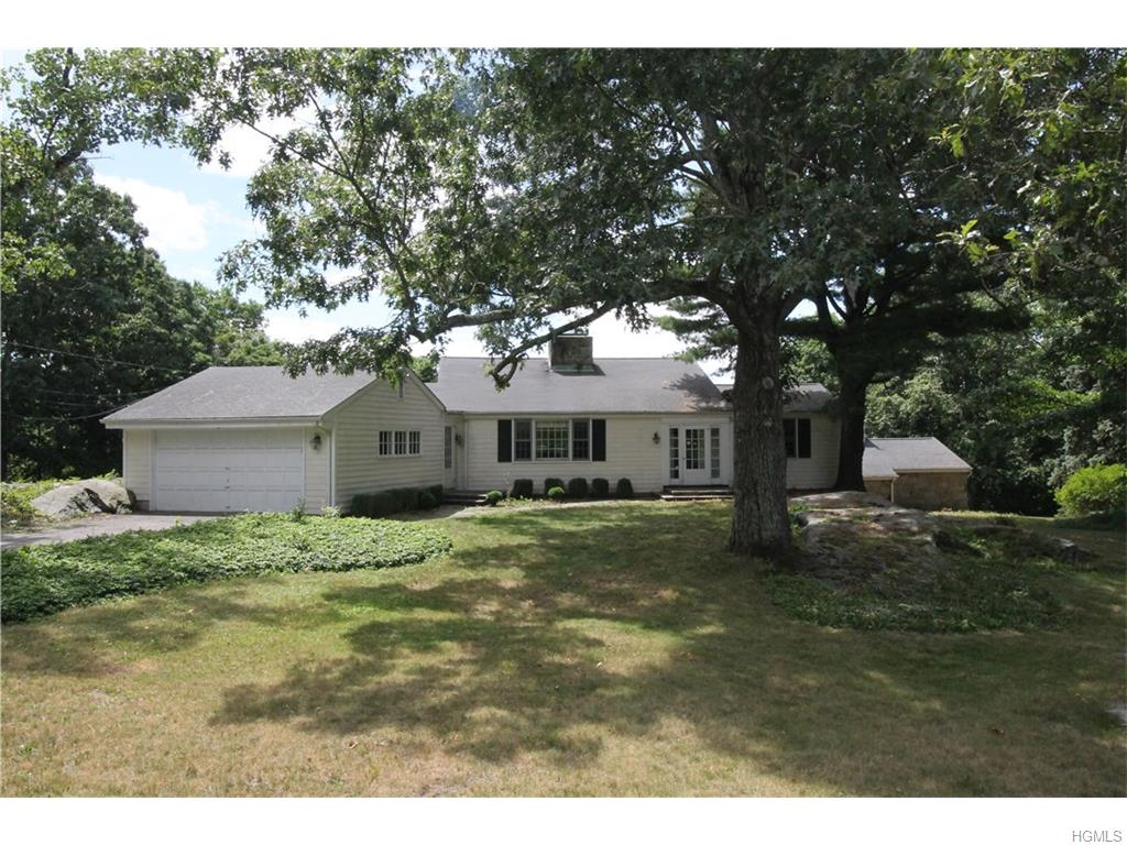 Photo of 13   Banksville Road  Armonk  NY