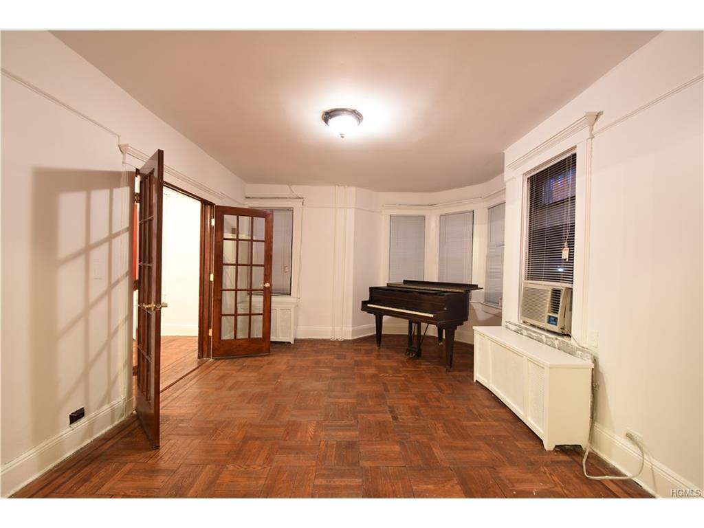 Photo of 2739   Claflin Avenue  Bronx  NY