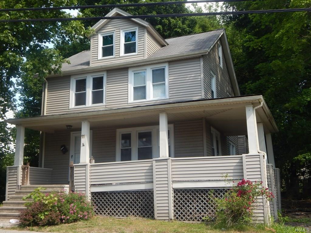 11 Capron St, Walden, NY 12586