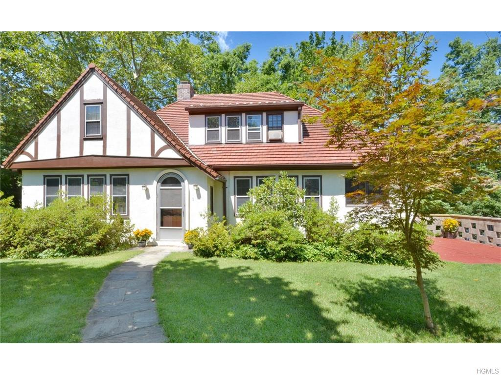 Photo of 1   Bronson Avenue  Scarsdale  NY