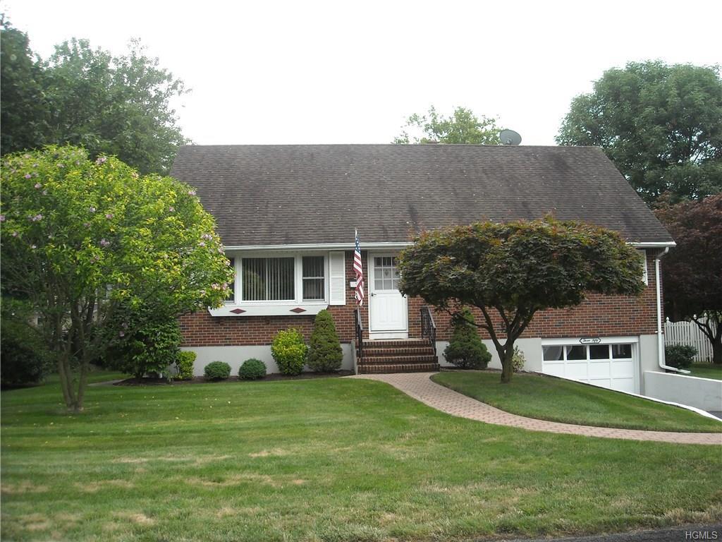 Photo of 350   Manor Boulevard  Pearl River  NY