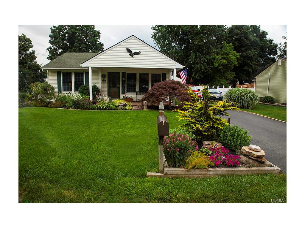 11 Smith Rd, Cornwall, NY 12518