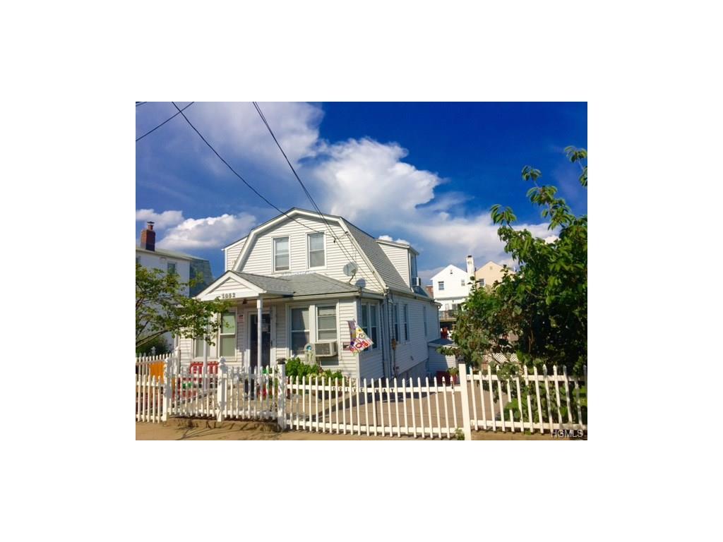 1052 Quincy Ave, Bronx, NY 10465