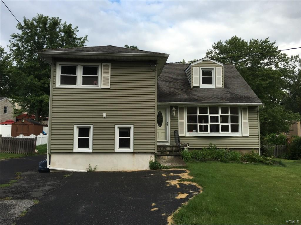 136 Lake Rd, Valley Cottage, NY 10989