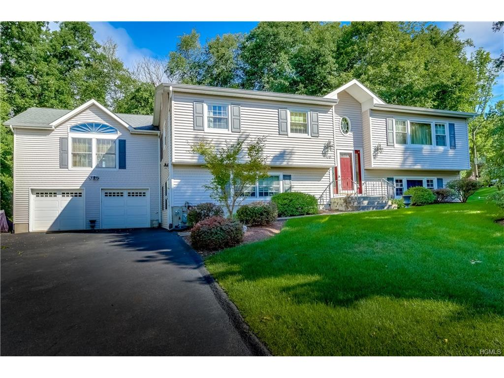 Photo of 40   Overbrook Drive  Airmont  NY