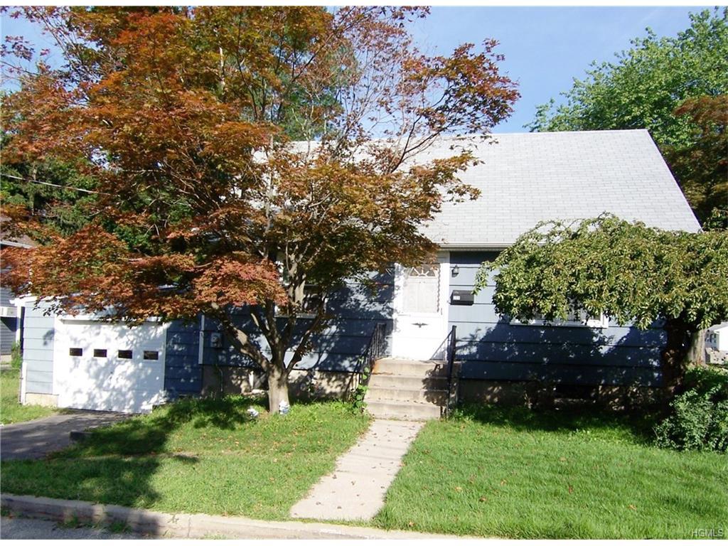 208 Centre St, Buchanan, NY 10511