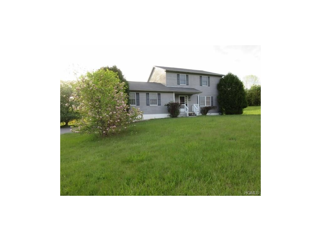 21 Millers Ln, Wingdale, NY 12594