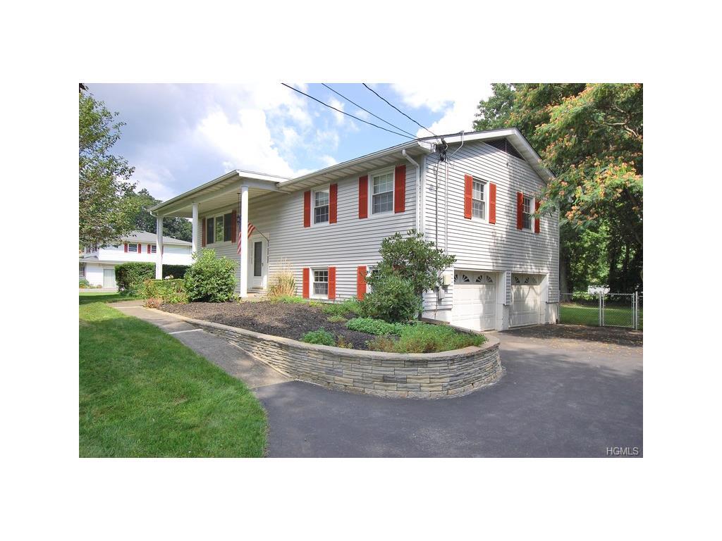 132 Red Schoolhouse Rd, Fishkill, NY 12524