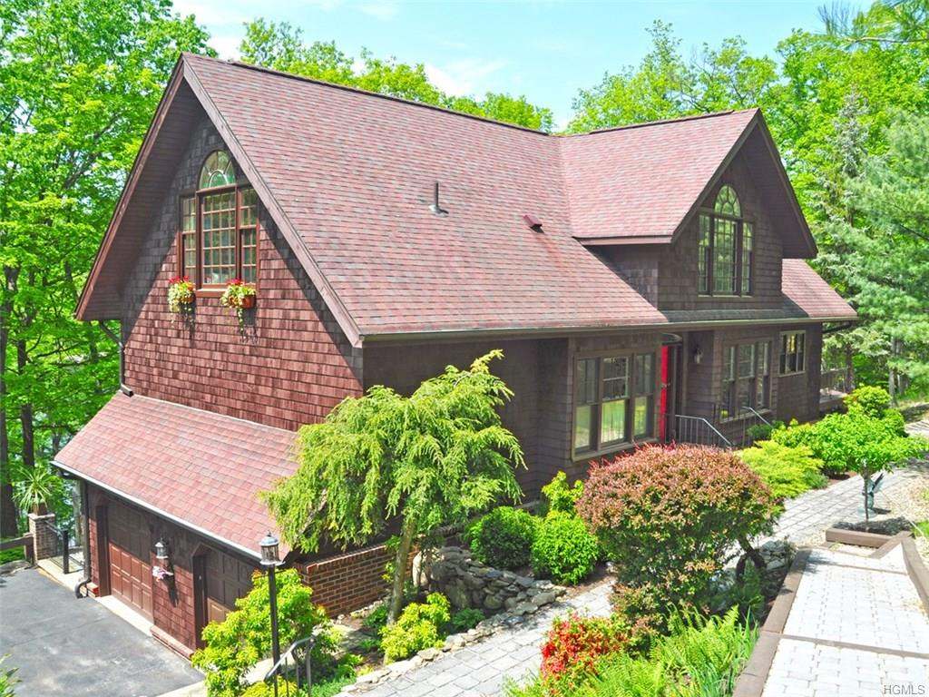 Photo of 100   Laurel Road  Tuxedo Park  NY