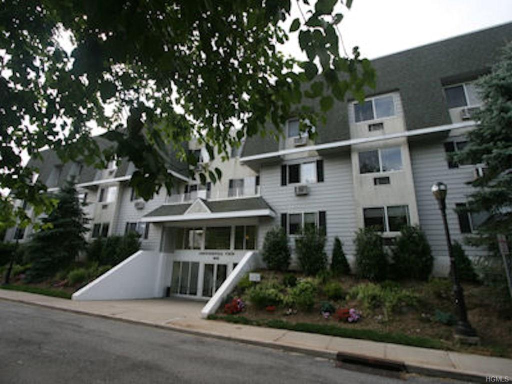 Photo of 1035  East Boston Post Road  Mamaroneck  NY