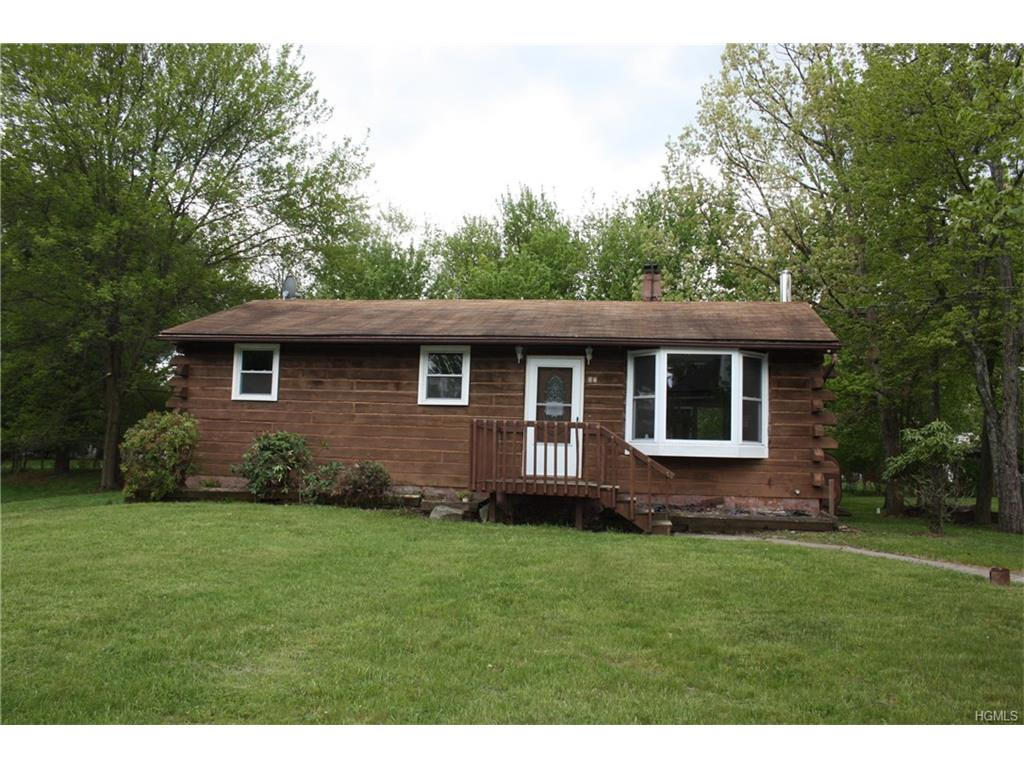 27 Midway Dr, Monroe, NY 10950