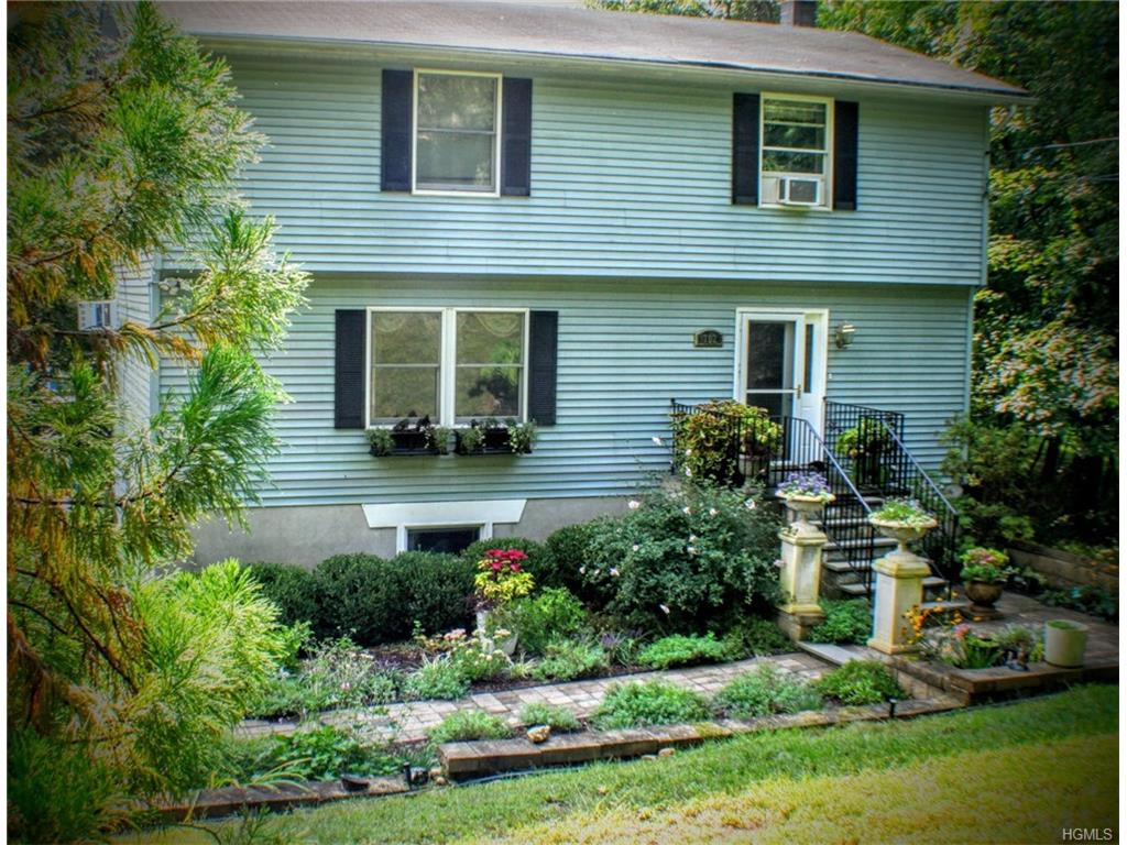 Photo of 702   Sprout Brook Road  Putnam Valley  NY