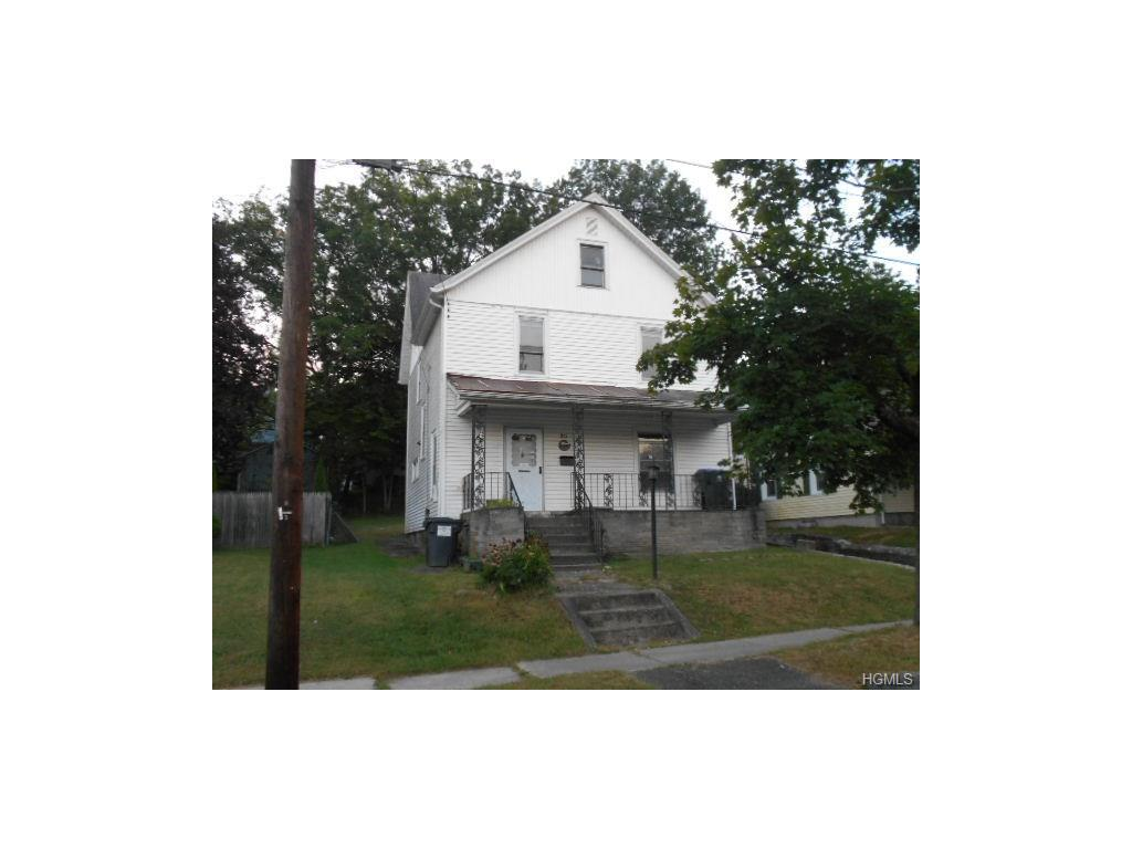 30 Riverview St, Walden, NY 12586