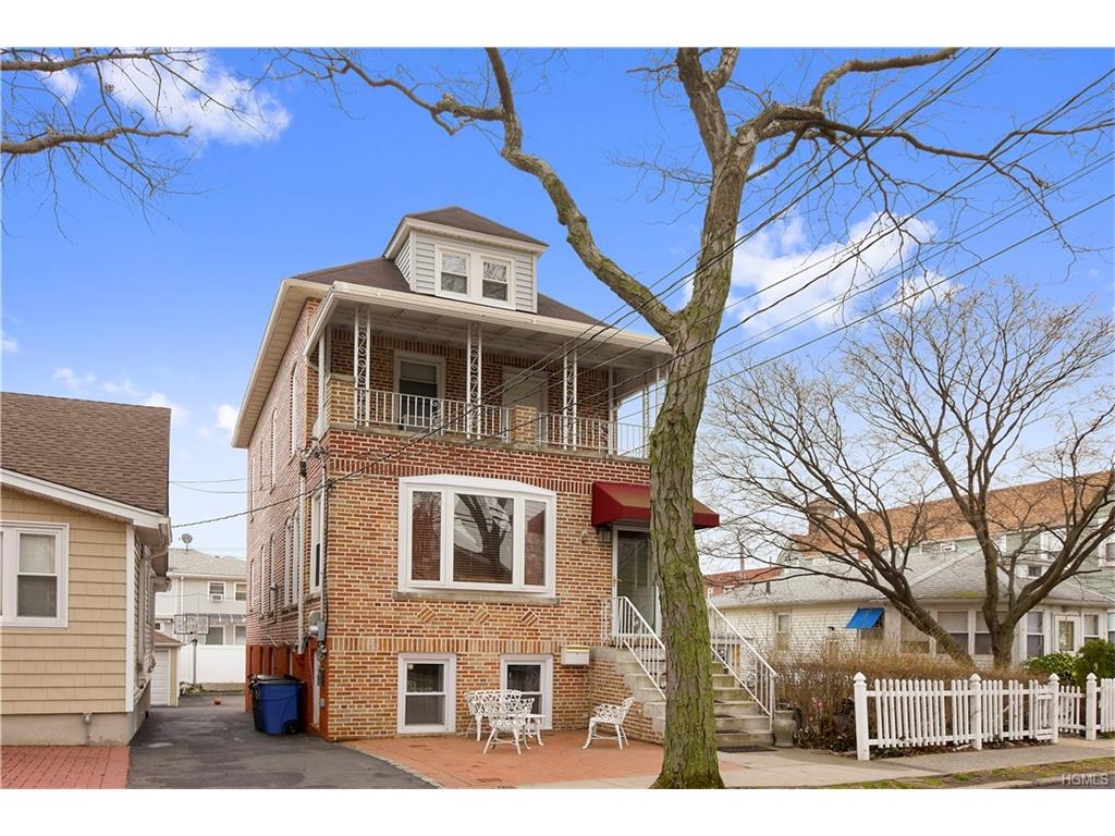 Photo of 439   Minnieford Avenue  Bronx  NY