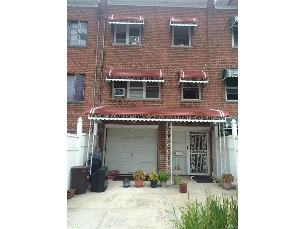 Photo of 3855   Barnes Avenue  Bronx  NY