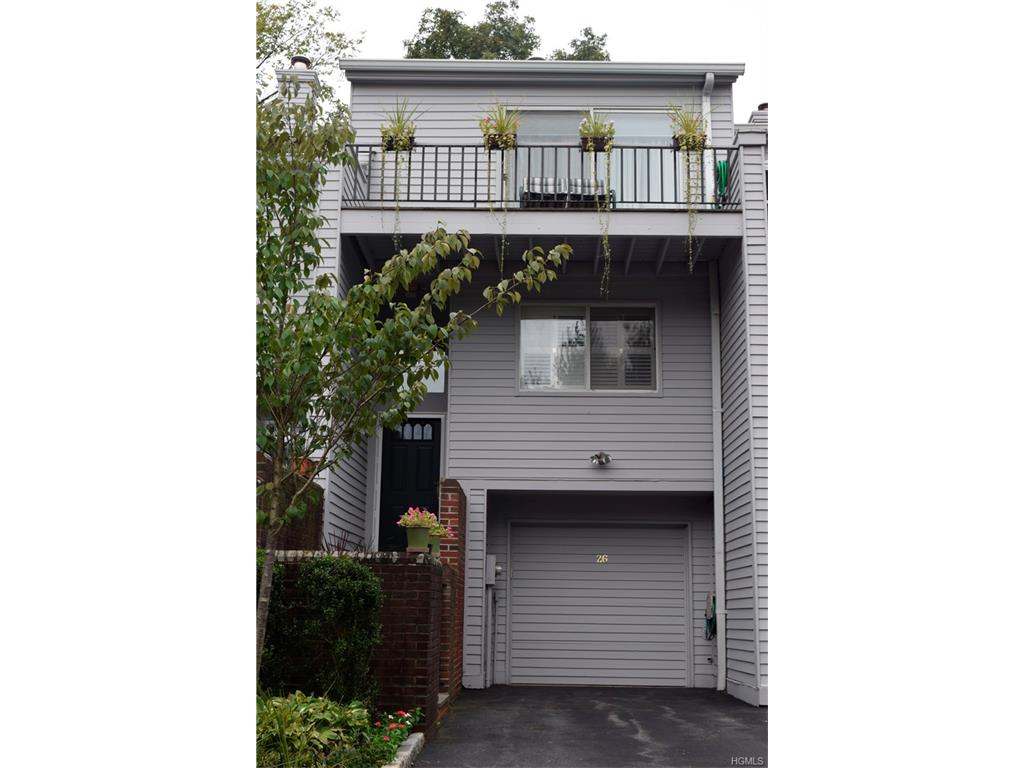 26 Waterside Close, Eastchester, NY 10709