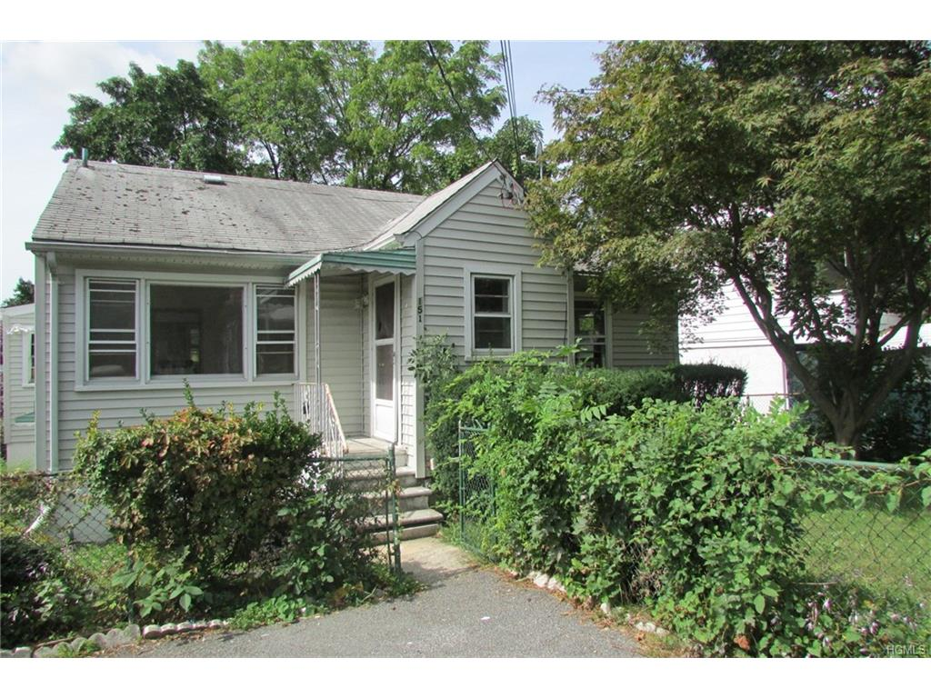 151 Winthrop Ave, Elmsford, NY 10523