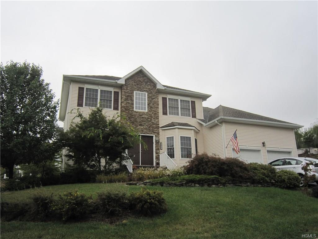 3021 Molly Pitcher Dr, New Windsor, NY 12553