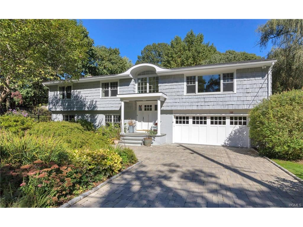 Photo of 122   Saxon Woods Road  White Plains  NY