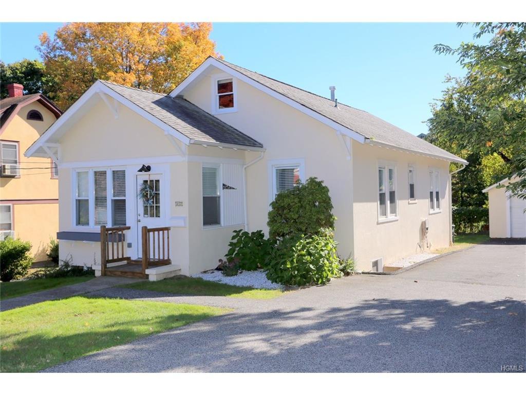 27 Schreiber St, Tappan, NY 10983
