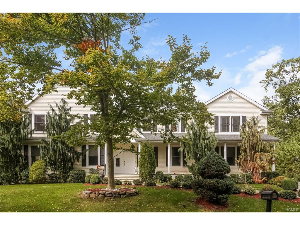38 Old Country Rd, New Rochelle, NY 10804