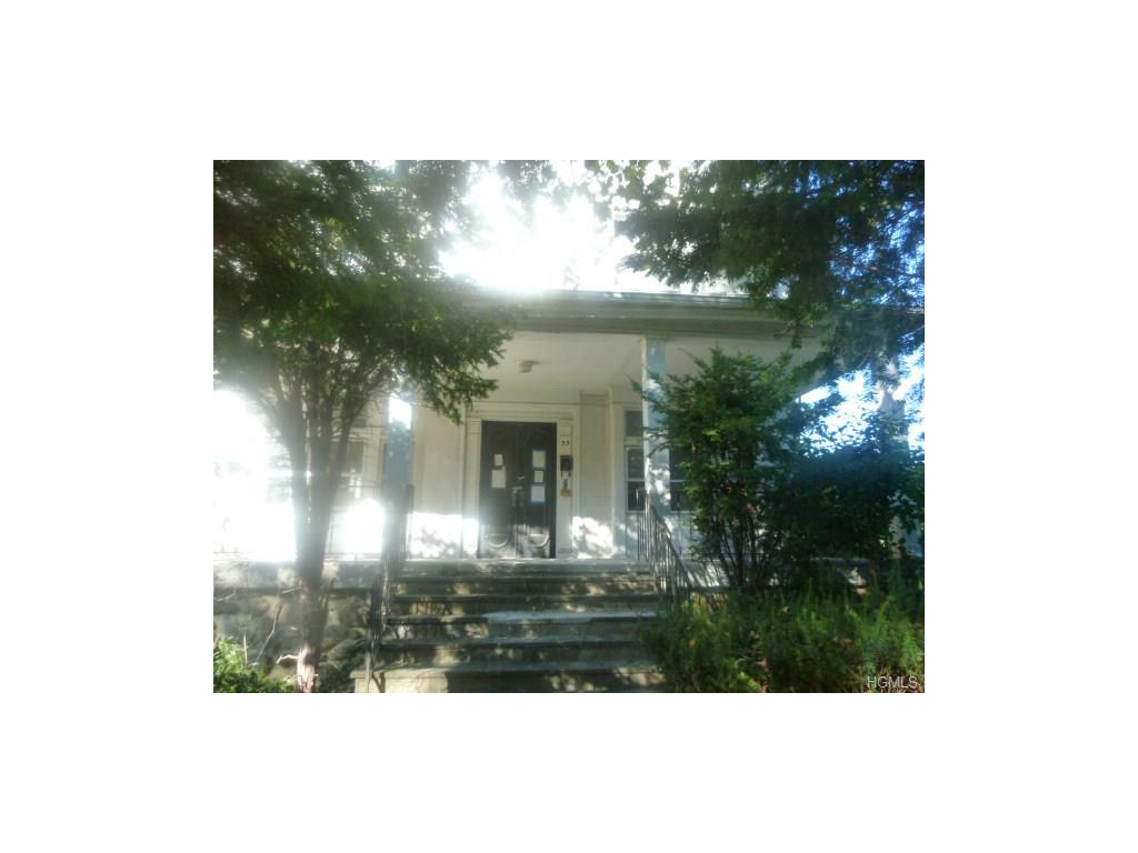 33 Ellwood Ave, Mount Vernon, NY 10552