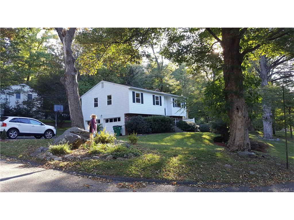 Photo of 16   Willow Road  Beacon  NY