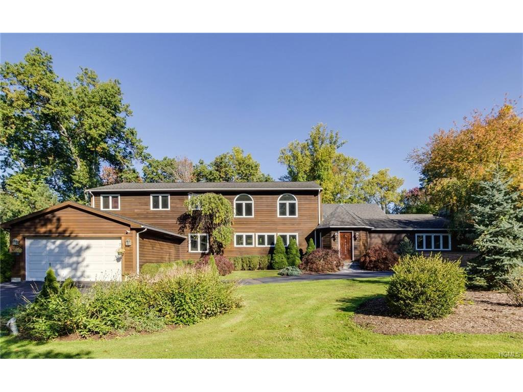 8 Orchard Hill Rd, Norwalk, CT 06851