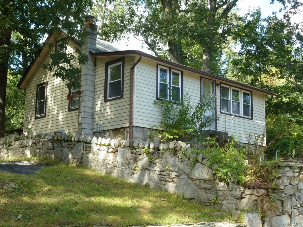 Photo of 49   Laurel Road  Lake Peekskill  NY