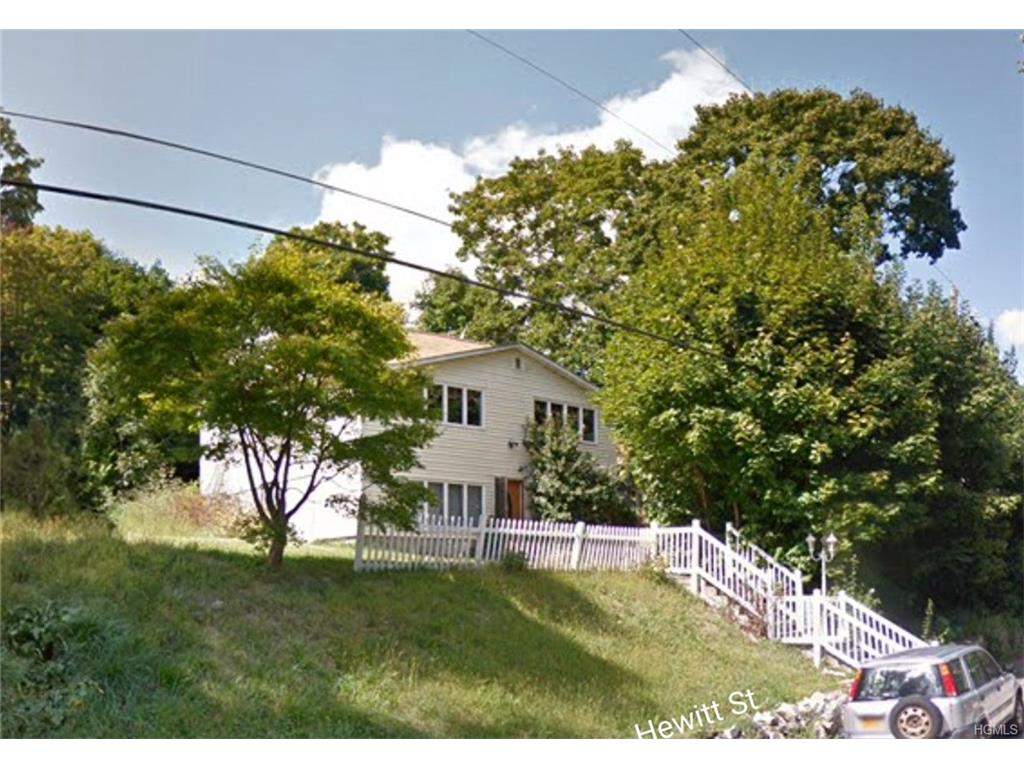 Photo of 129   Hewitt Street  Lake Peekskill  NY