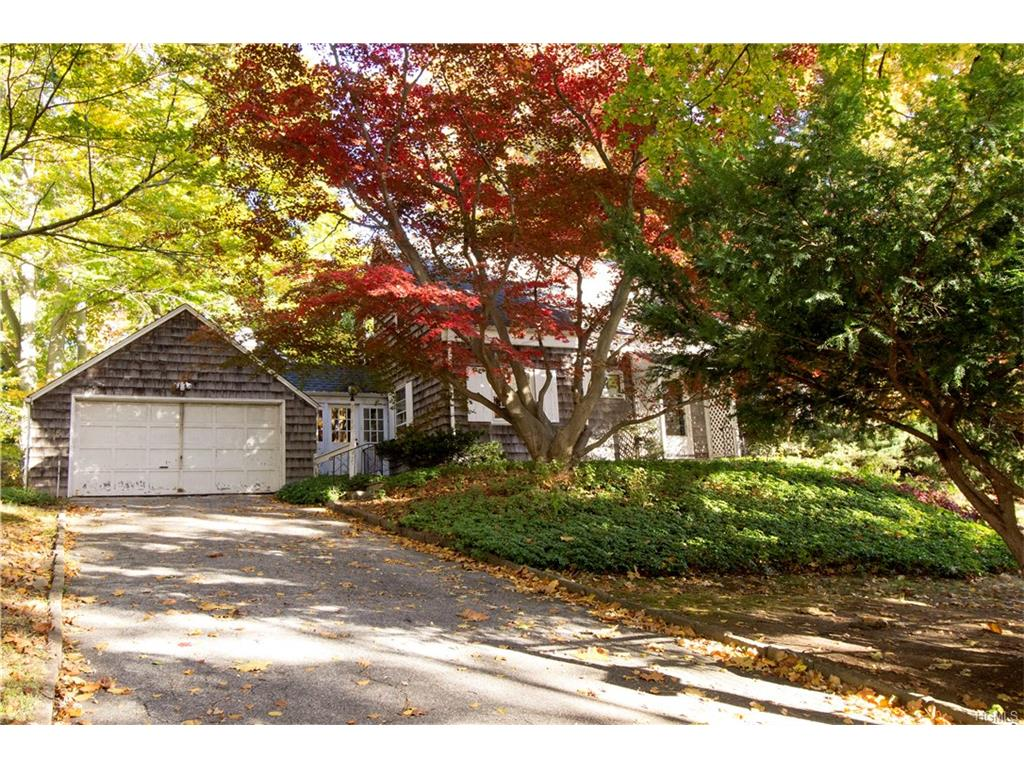 Photo of 25   High Point Road  Scarsdale  NY