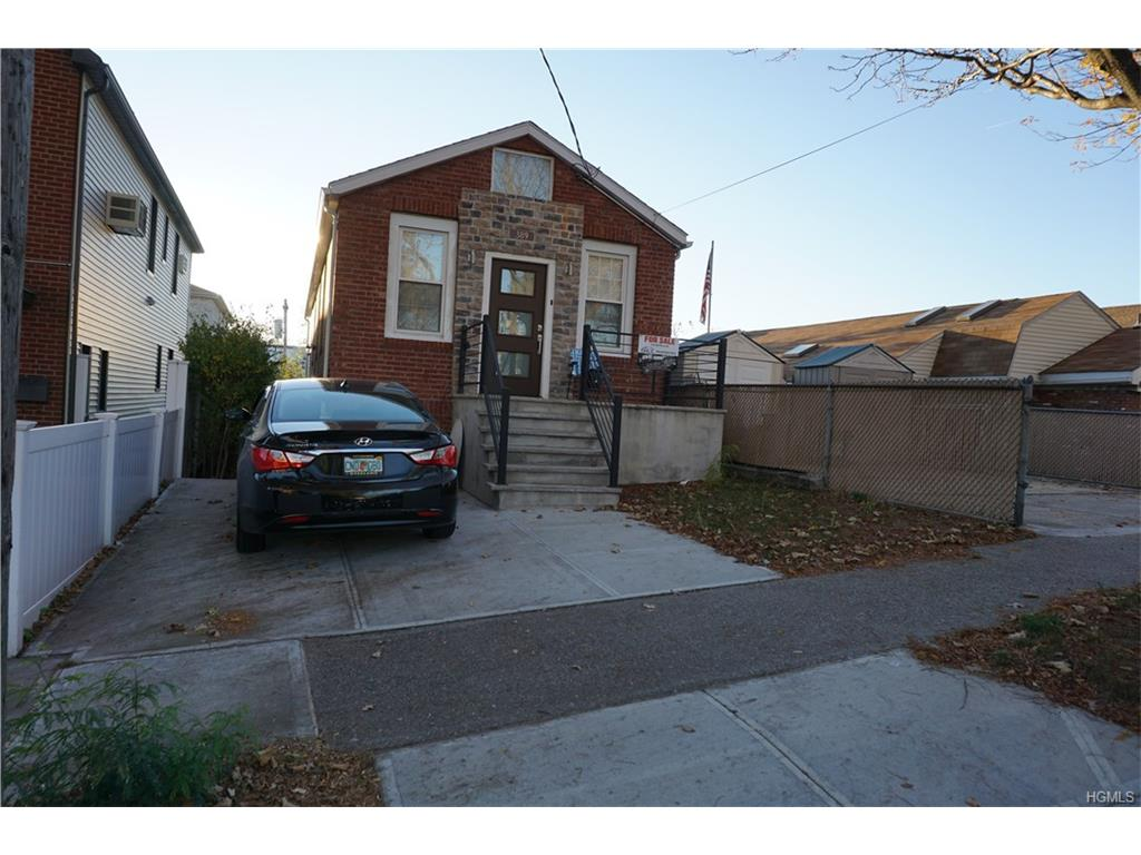 Photo of 389   Pennyfield Avenue  Bronx  NY