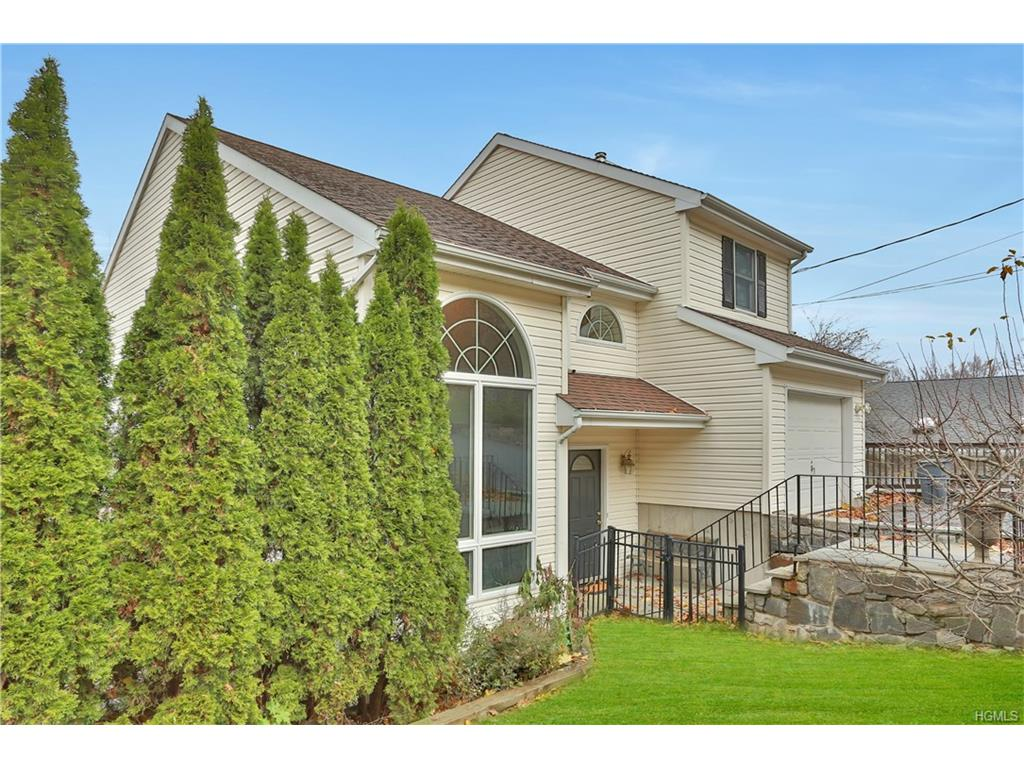 Photo of 707   Warren Avenue  Thornwood  NY