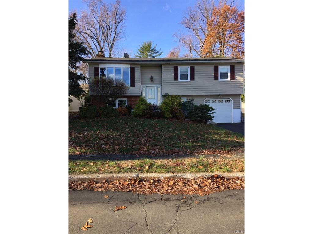 Photo of 28   Rowan Drive  Garnerville  NY