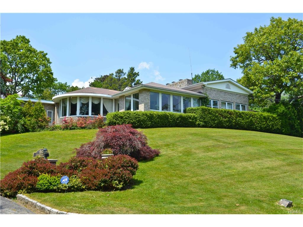 Photo of 117   Deerhurst Road  Scarsdale  NY