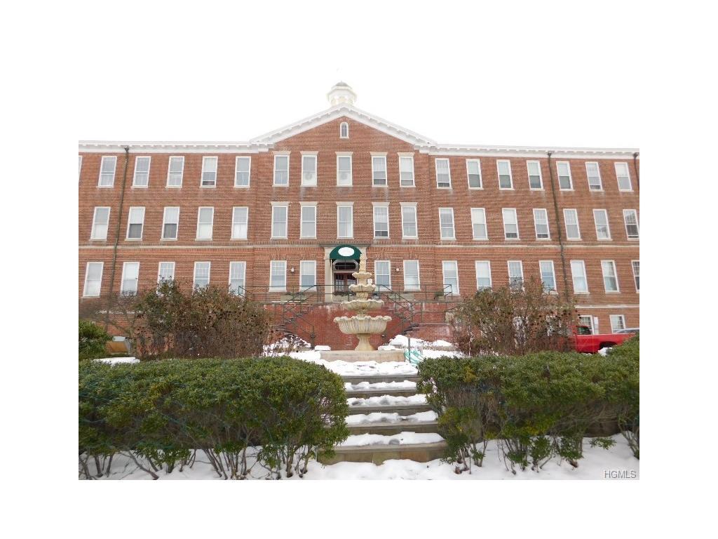 Photo of 5104   Villa At The Woods  Peekskill  NY