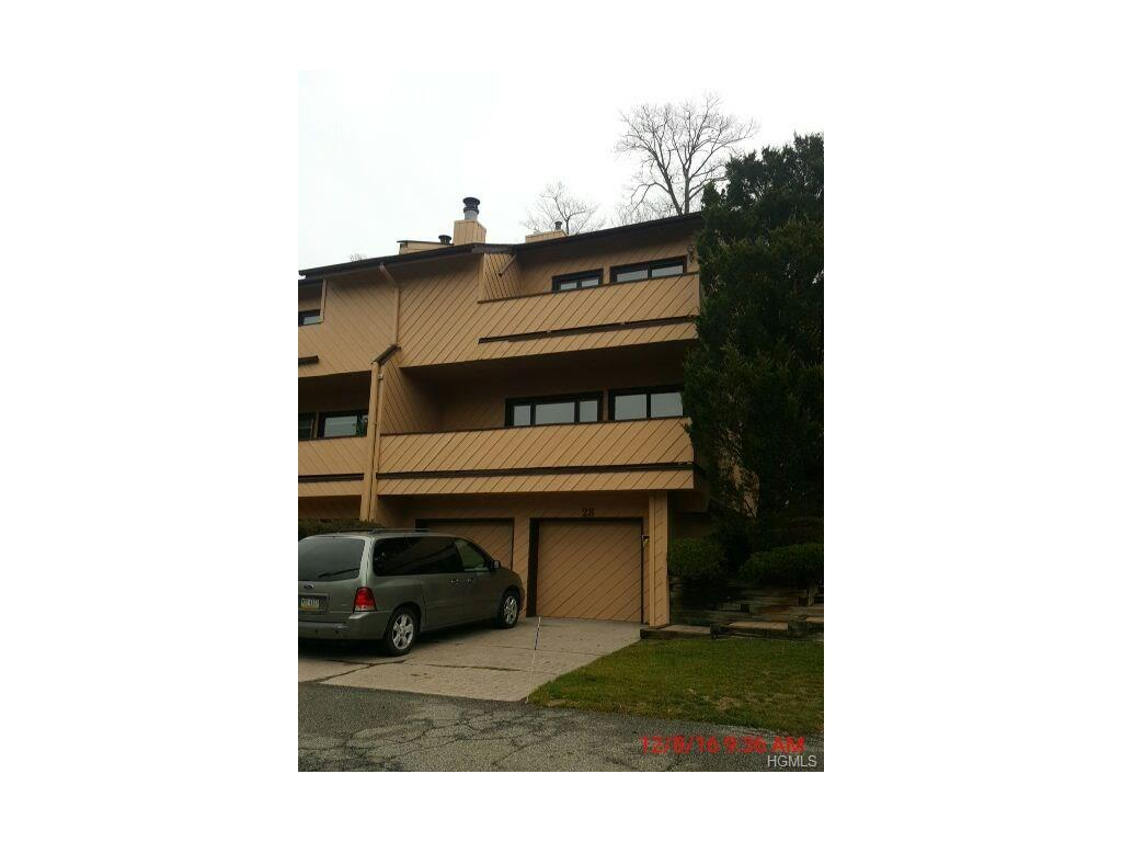 Photo of 28   Dakota Court  Suffern  NY