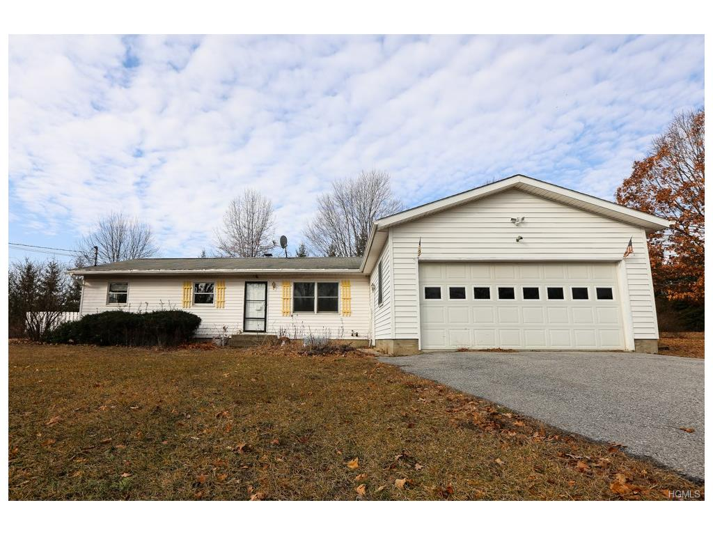 Photo of 27   Pioneer Drive  Pine Plains  NY