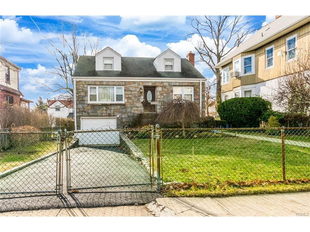 Photo of 118   Villa Avenue  Yonkers  NY