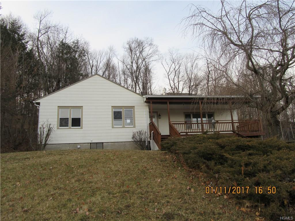 Photo of 33   Meadow Avenue  Chester  NY