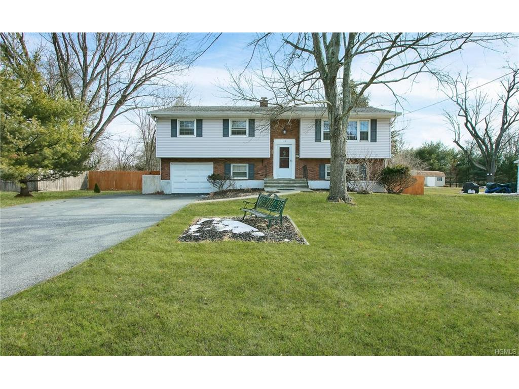 Photo of 10   Florican Lane  Goshen  NY