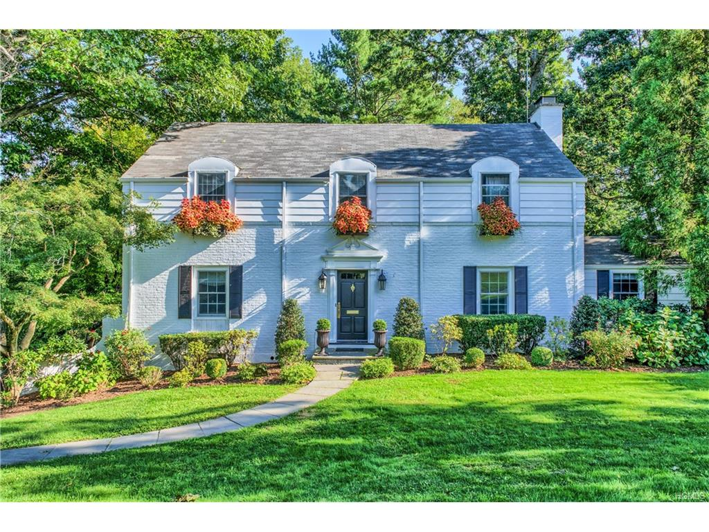 Photo of 68   Puritan Drive  Scarsdale  NY