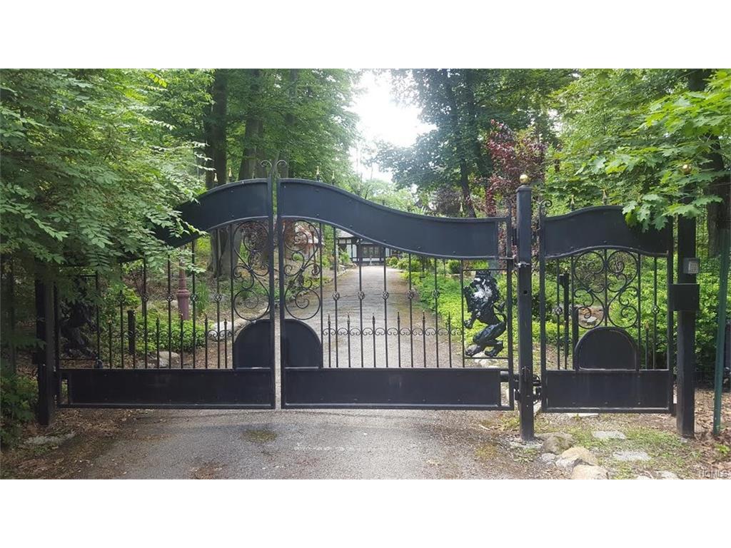 Photo of 3   Holbrook Road  Briarcliff Manor  NY