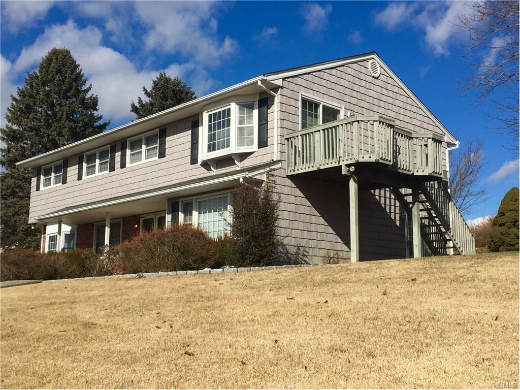 52 Panorama Dr, Patterson, NY 12563