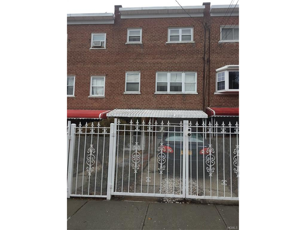 Photo of 1321   Needham Avenue  Bronx  NY