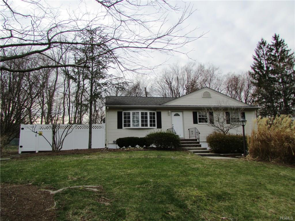 Photo of 11   Gottlieb Drive  Pearl River  NY