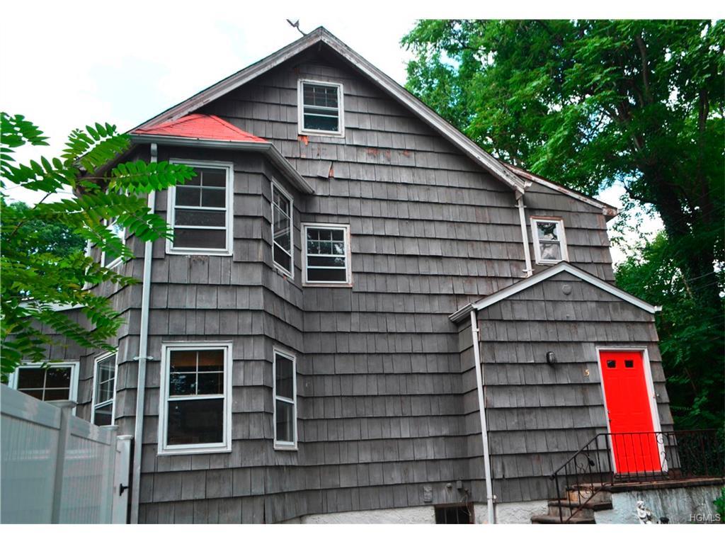 Photo of 15   De Veau Lane  New Rochelle  NY