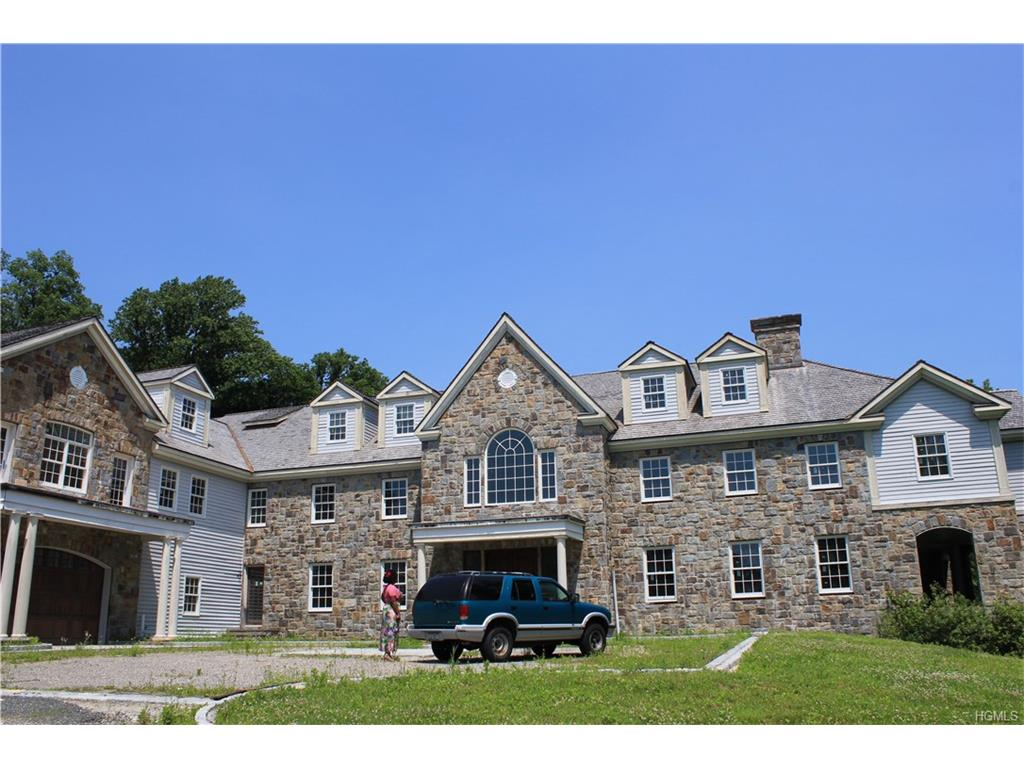 Photo of 18   Dorann Road  Purchase  NY