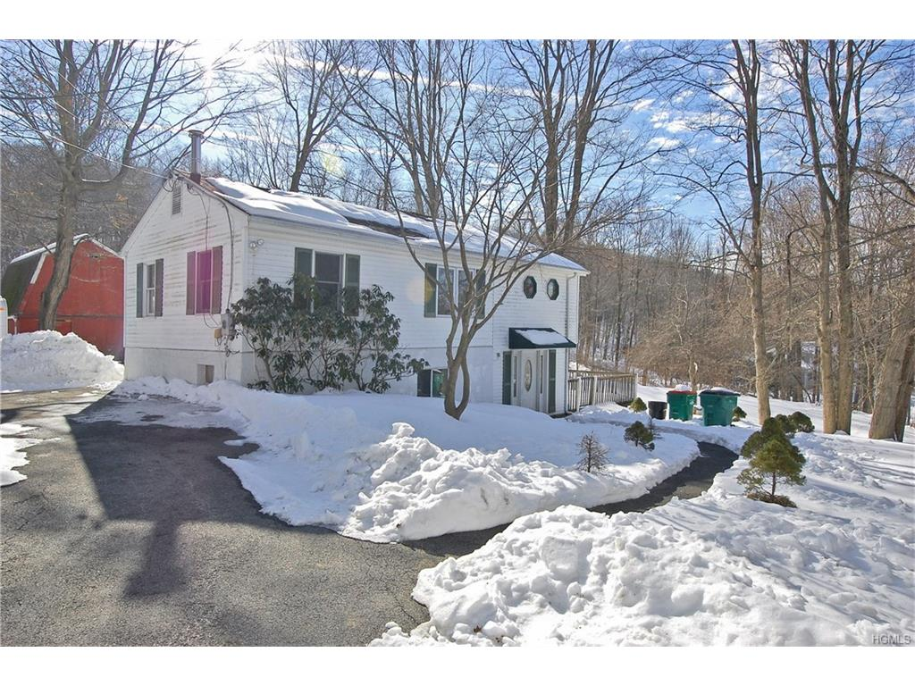 Photo of 174   Woodmont Road  Hopewell Junction  NY